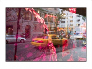 NY004 reflet new york 5 eme avenue taxi