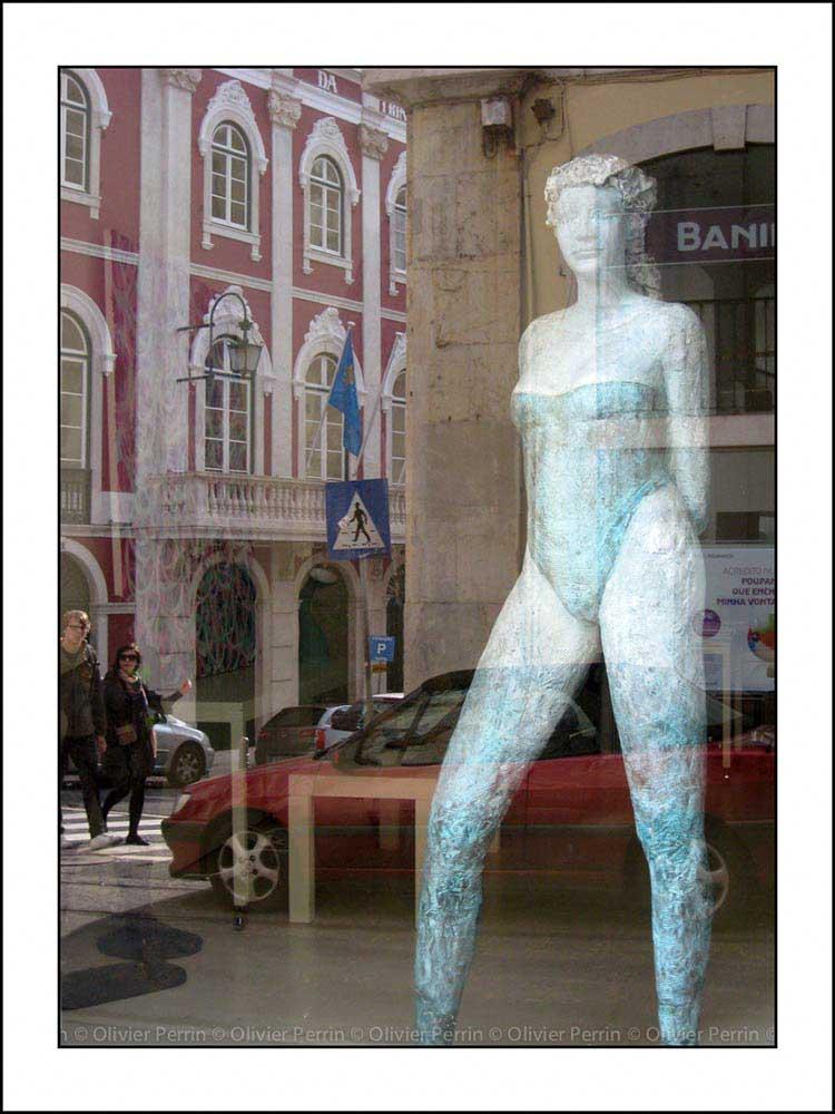R016 reflet lisbonne chiado rua da trindade