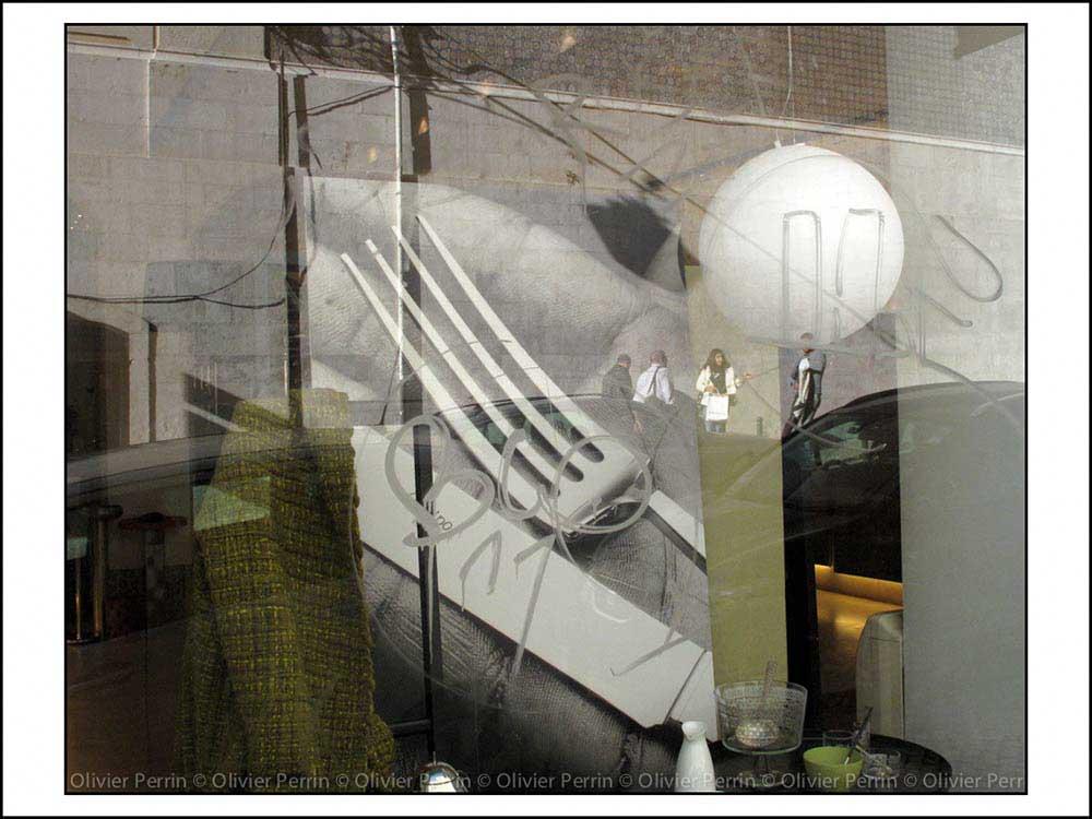 R023 reflet lisbonne baixa rua augusta