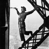 Marc.Riboud.03.Tour.Eiffel