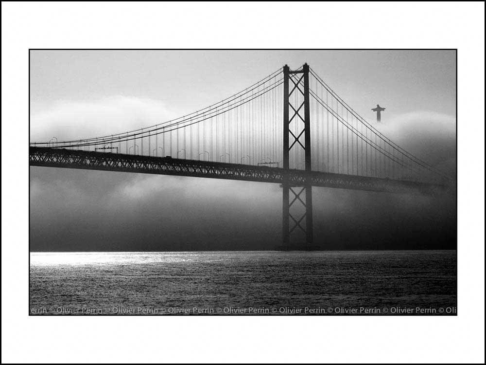 Lx008 Lisbonne. Portugal pont 25 avril christ roi