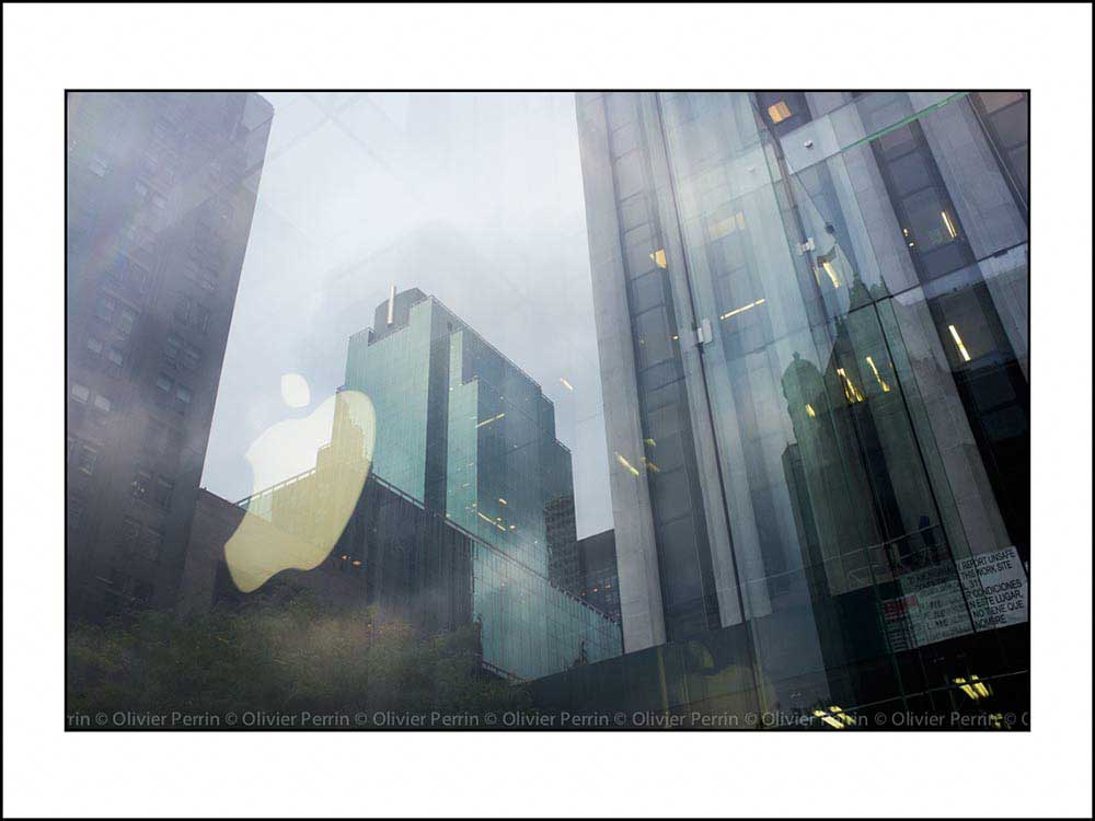 Reflets Apple Store. 5ème Avenue.