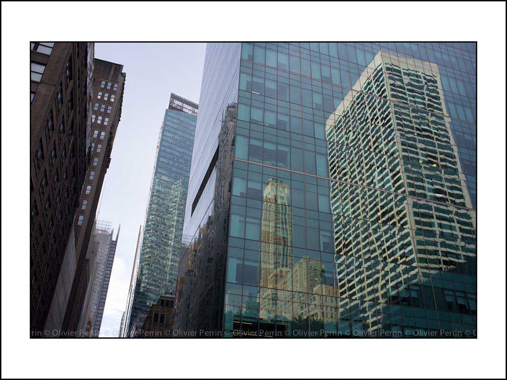 NY008 reflet new york 5 eme avenue