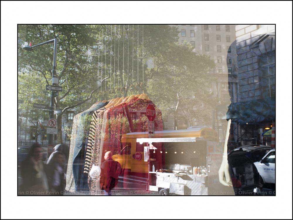 NY010 reflet new york 5 eme avenue broadway